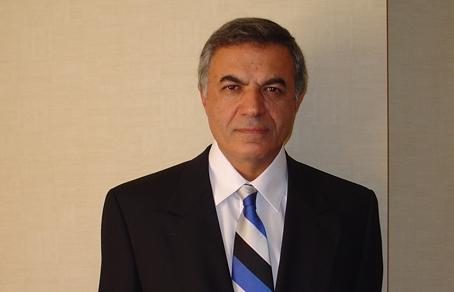 Доктор Рамази Датиашвили - профессор хирургии отделения пластической хирургии в университете Rutgers.