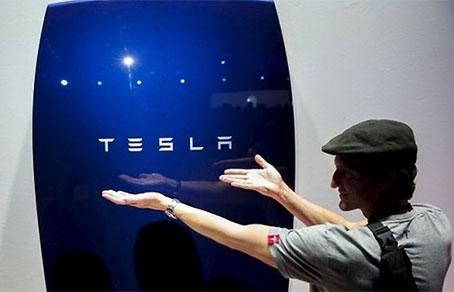 Автомобильная компания Tesla создала аккумулятор для дома