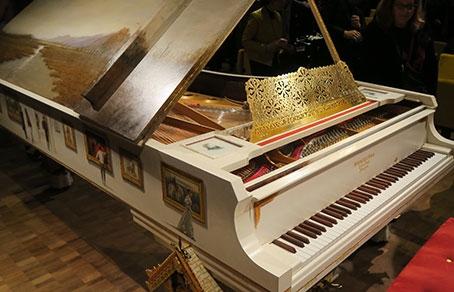 Как сделать пианино для детского сада 83