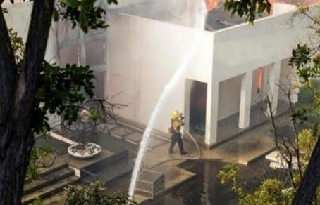 В Лос-Анджелесе сгорел дом главы Российской федерации баскетбола