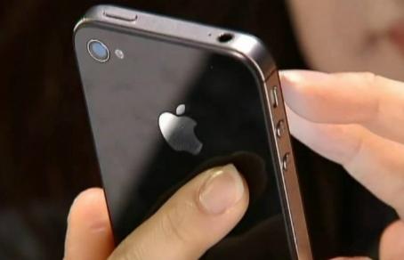 Против Apple подано около 60 исков в связи с намеренным замедлением работы iPhone