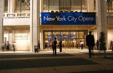 Весенний сезон 2011 в  New York City Opera