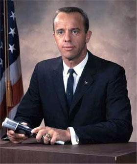 Первого полета американца в космос