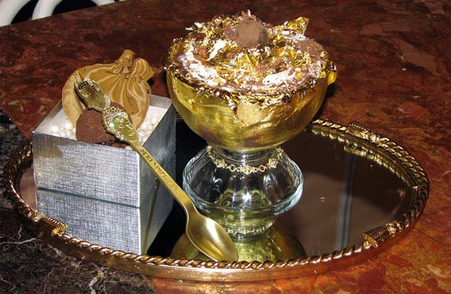 Десерт Frrrozen Haute Chocolate