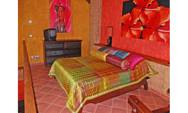 Индийские мотивы в интерьере – узоры и яркие краски.