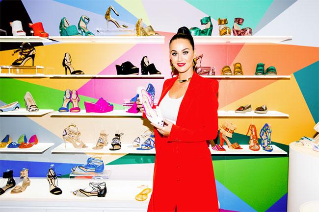 Кэти Перри запустила собственную линейку обуви для дерзких женщин.