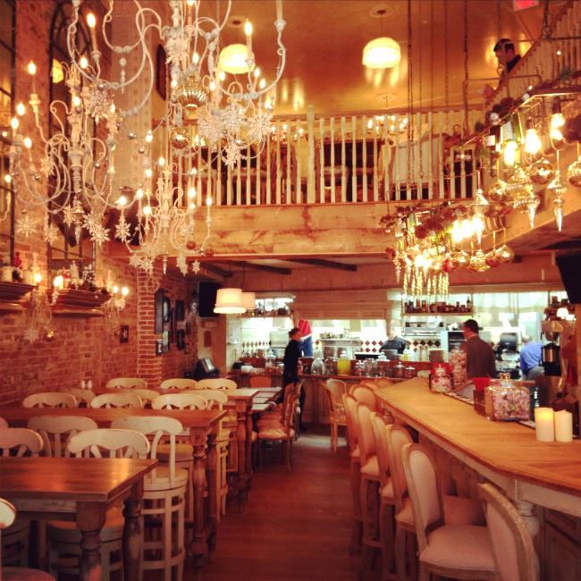 Русский ресторан в американской столице: вашингтонская «Мари Vanna» отметила свое 5-летие