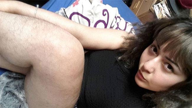 Волосатая пизда итальянки фото36