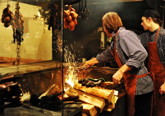 Cтокгольмский ресторан Ekstedt, занял 2-е место в рейтинге самых интересных ресторанов мира по версии Zagat.